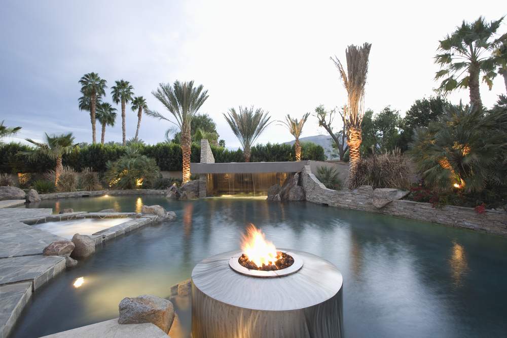 What are the Leading Trends in Home Pool Design?