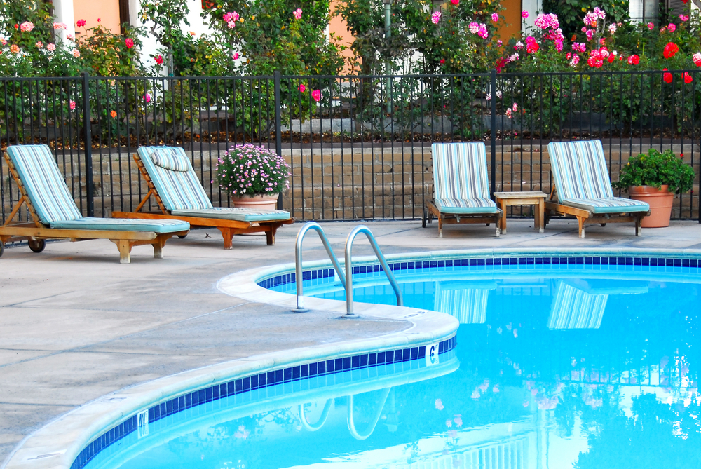 Your Guide to Fencing in Your Pool in Ottawa